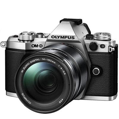 Olympus OM-D E-M5 Mark II + 14-150 mm II, silber