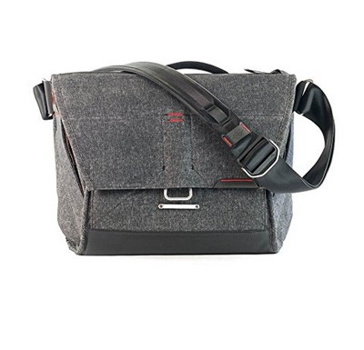 Peak Design Everyday Messenger Bag 13 V2, dunkgrau