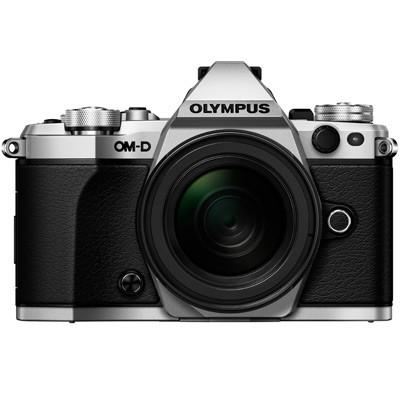 Olympus OM-D E-M5 Mark II + 12-50mm, silber