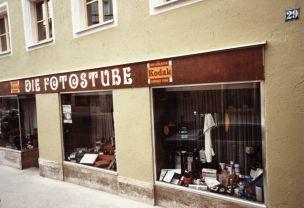 1981_fotostube_aussen4