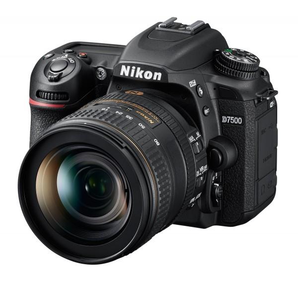 Nikon D7500 Set + AF-S DX 16-80 mm E ED VR