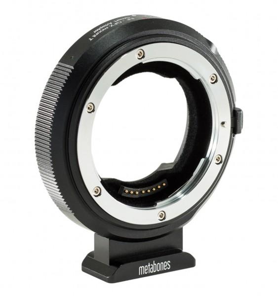 Metabones Canon EF an Fuji G (GFX) T Smart Adapter
