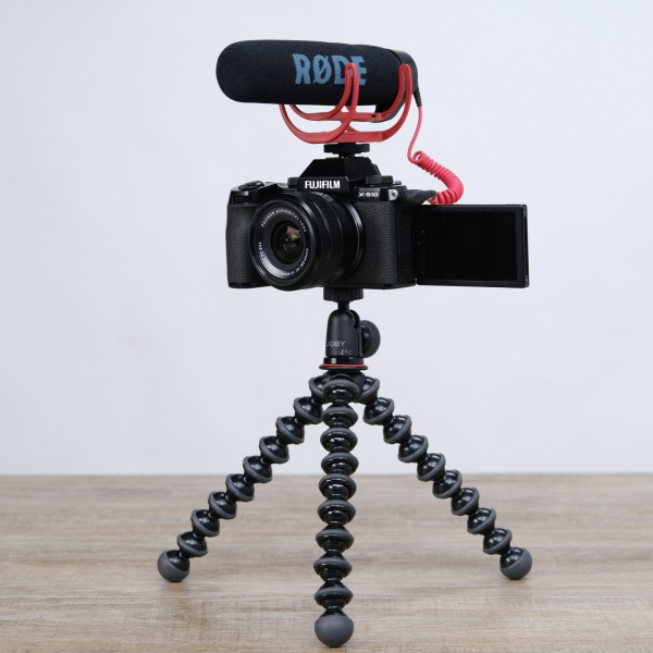 Fuji X-S 10 schwarz + XC 15-45mm Vlogger Kit
